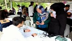 120 tıp öğrencisi kırsal mahallede sağlık taraması yaptı