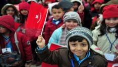 Milli Eğitim Bakanı Yılmaz, 23 Nisan dolayısıyla Anıtkabiri ziyaret etti