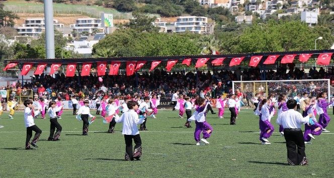 Bodrumda 23 Nisan Ulusal Egemenlik Ve Çocuk Bayramı kutlamaları