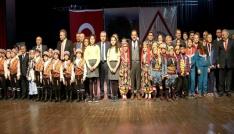 Uşakta 23 Nisan Ulusal Egemenlik ve Çocuk Bayramı kutlandı