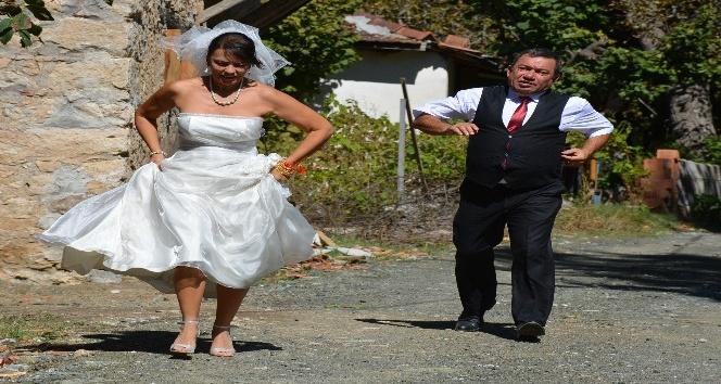 Yeşim Salkım düğününde giydiği gelinliği son kez giyip hayranına hediye etti