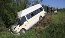 Adanada korkunç kaza! 13 öğrenci...