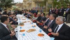 Vali Toprak şehit polisler için okutulan mevlite katıldı.