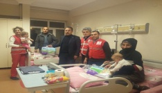 Kızılay heyetinden hastalara ziyaret