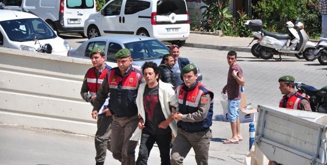 Ünlü oyuncu Selim Erdoğan adliyeye sevk edildi