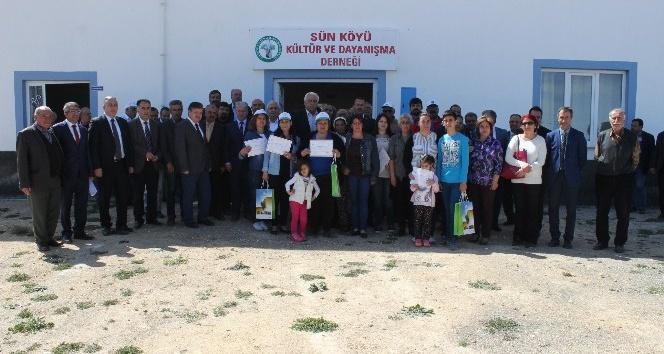 Asma yetiştiriciliği kursiyerlerine sertifika verildi