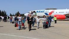 Gazipaşa havalimanına Rus turist akını