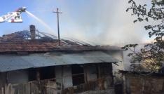Antalyada ev yangını