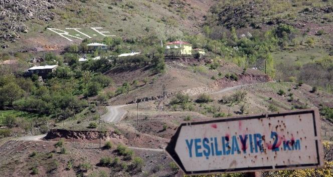 Cumhurbaşkanı Erdoğanın ismini dağa yazdı