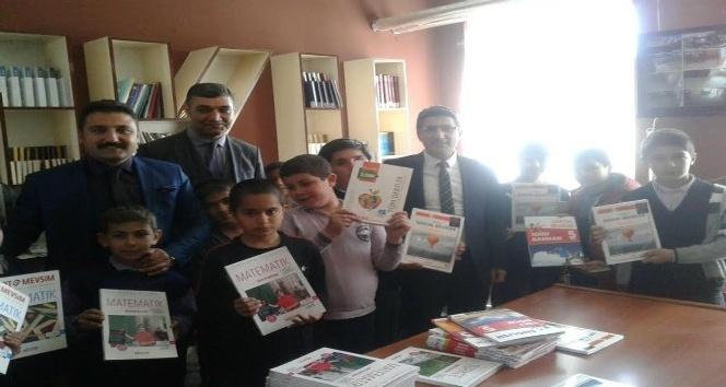 Ağrıda Köy Okullarına Kitap Kampanyası Düzenlendi