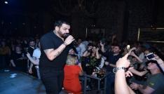 Azis İzmirde sahne aldı