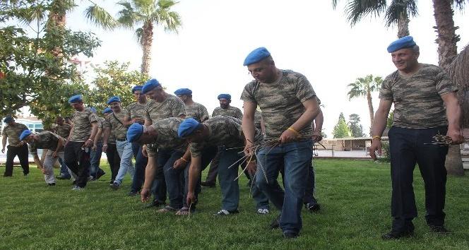 Asker arkadaşları 30 yıl sonra içtimada buluştu