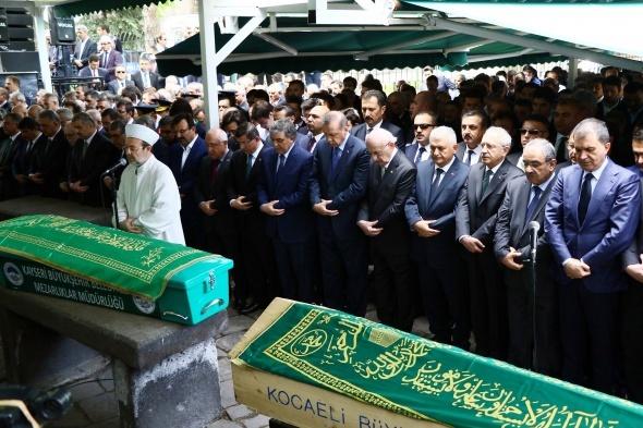 11. Cumhurbaşkanı Gül'ün babası son yolculuğuna uğurlandı