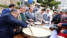 Yozgatta vatandaşlara vakıf yemeği dağıtıldı