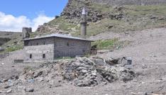 Karsta  gecekondu yıkım çalışmalarında 16. yüzyıla ait buzhane ortaya çıktı
