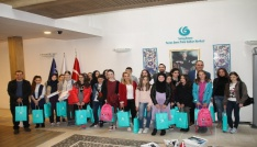 Onikişubat Belediyesi 7 bin Bosnalı öğrenciyi sevindirdi