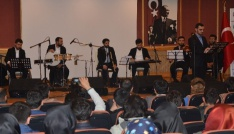 BÜde dini Musiki söyleşişi yapıldı, konseri büyüledi