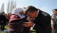 Niğde Belediye Başkanı Faruk Akdoğan Anneler Gününü kutladı