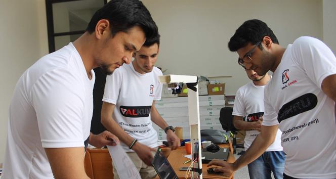 Üniversite öğrencileri mülteciler için sistem geliştirdi