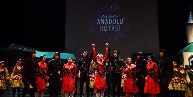 """Uğur Okulları, """"Anadolu Rüyası"""" Kültür Projesi  İle Kaybolan İzlere Işık Tuttu"""