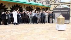 Hacı adaylarına Kabe maketli eğitim semineri