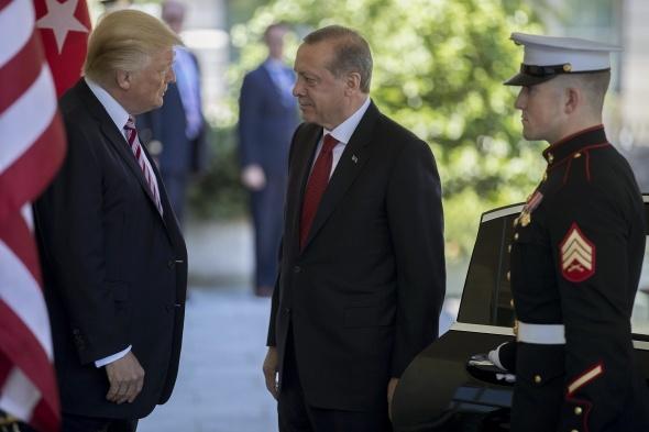 İşte Erdoğan - Trump görüşmesinden kareler
