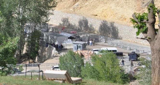 Tuncelide güvenlik noktasına saldırmak isteyen terörist öldürüldü