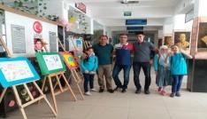 Öğrencilerden Resimlerle Kırk Hadis sergisi