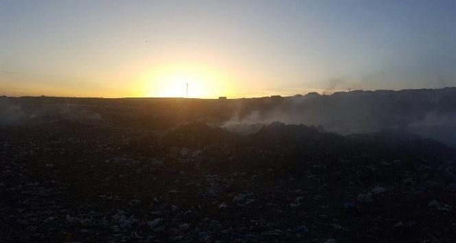 Nusaybinde çöp depolama sahasında yangın çıktı