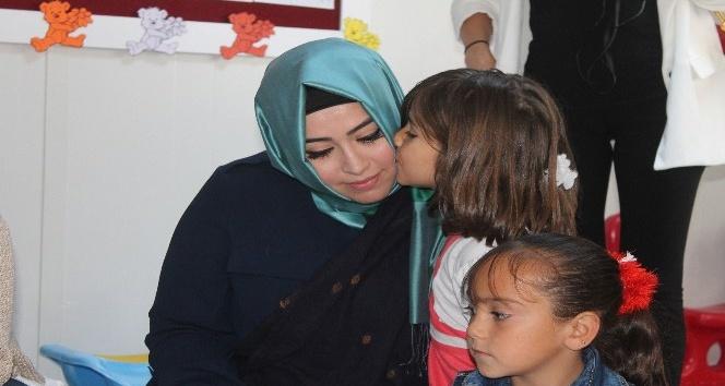"""AGİT Göç Komisyonu Başkan Vekili Santos: """"Bu insanların hayatlarından hepimiz mesulüz"""""""