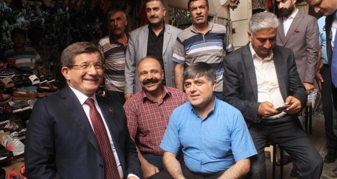 Ahmet Davutoğlu: Mardine her geldiğimde kardeşlik ve huzur gördüm