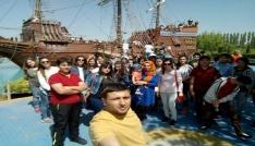 Kozanlı öğrenci ve velilerden Ankara-Eskişehir gezisi