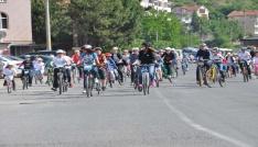 Osmanlı Çileği şenliklerinin ikinci günü bisiklet turu ile başladı