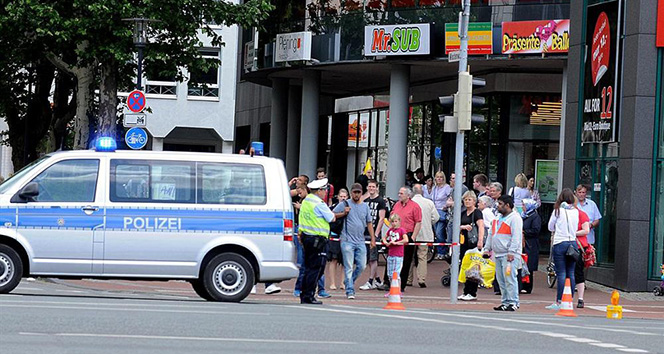 Almanyada bomba ihbarı