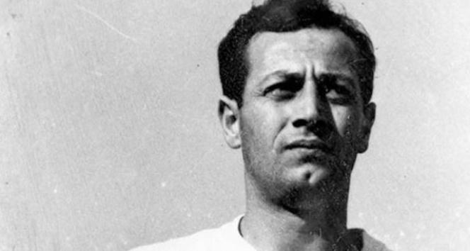 Beşiktaşın efsane futbolcusu Recep Adanır hayatını kaybetti |Recep Adanır kimdir?