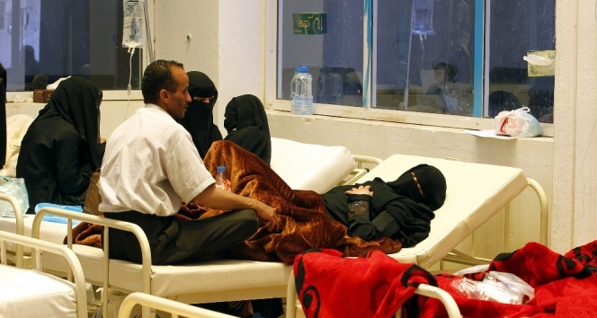 Yemende son üç haftada 242 kişi koleradan öldü