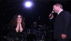ünlü şarkıcı Betül Demir Kdz. Ereğlide çilek güzeli seçildi