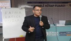 Türk futbolunun efsane isimleri Kitap Fuarına konuk oldu