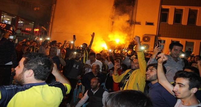 Fenerbahçenin Avrupa Şampiyonu olması Adıyamanda coşkuyla kutlandı