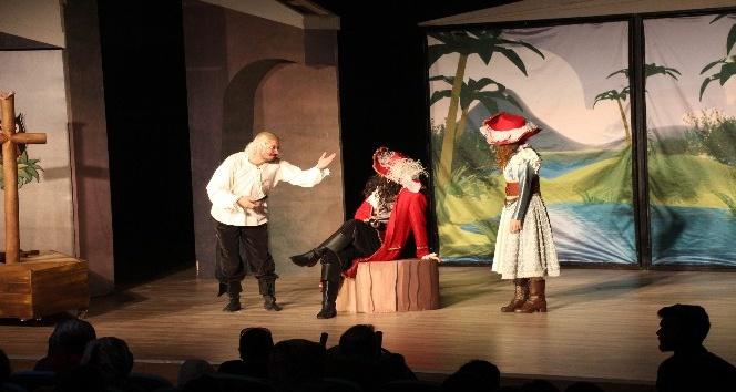 Beyşehir Belediyesinden çocuklar için tiyatro etkinliği
