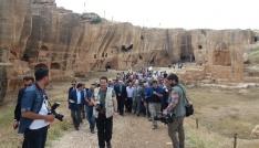 Dara Antik Kentindeki galeri mezar ve sarnıç ziyarete açıldı