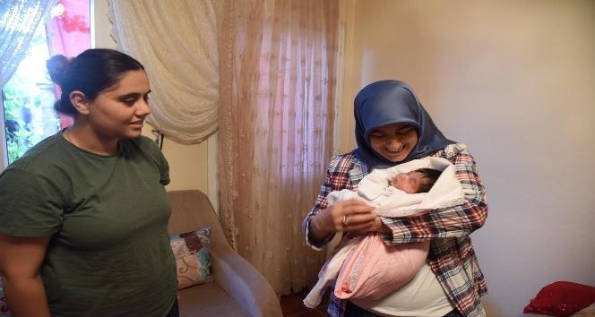Adanalı şehidin bebeği dünyaya geldi