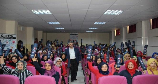 Şanlıurfada Üreten Gençlik projesinin ilk konferansı verildi