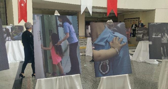 Bakırköy Adliyesinde Yaşamın Kıyısında sergisi açıldı