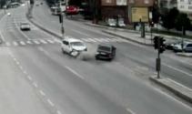 Kocaelideki trafik kazaları MOBESE kameralarına yansıdı