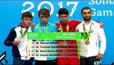 Düzce Üniversitesi öğrencisi Demirci Azerbaycanda altın madalya kazandı