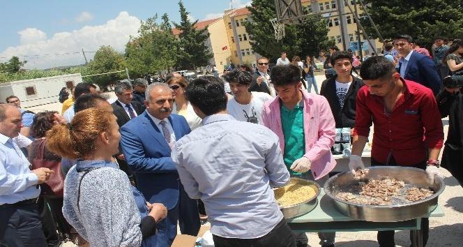 Samandağ Atatürk Anadolu Lisesinde Pilav Günü etkinliği
