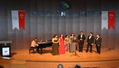 Düzce Üniversitesinden Kalpten Şarkılar konseri