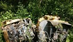 İş makinesi ormanlık alanına uçtu