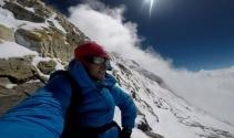'Dünya'nın çatısı'na 26 saatte tırmandı